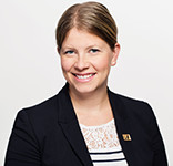 Dr Isabelle Paradis